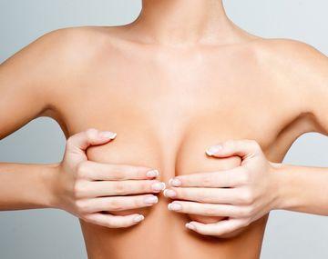 Конусообразная грудь — проблема, о которой стесняются говорить